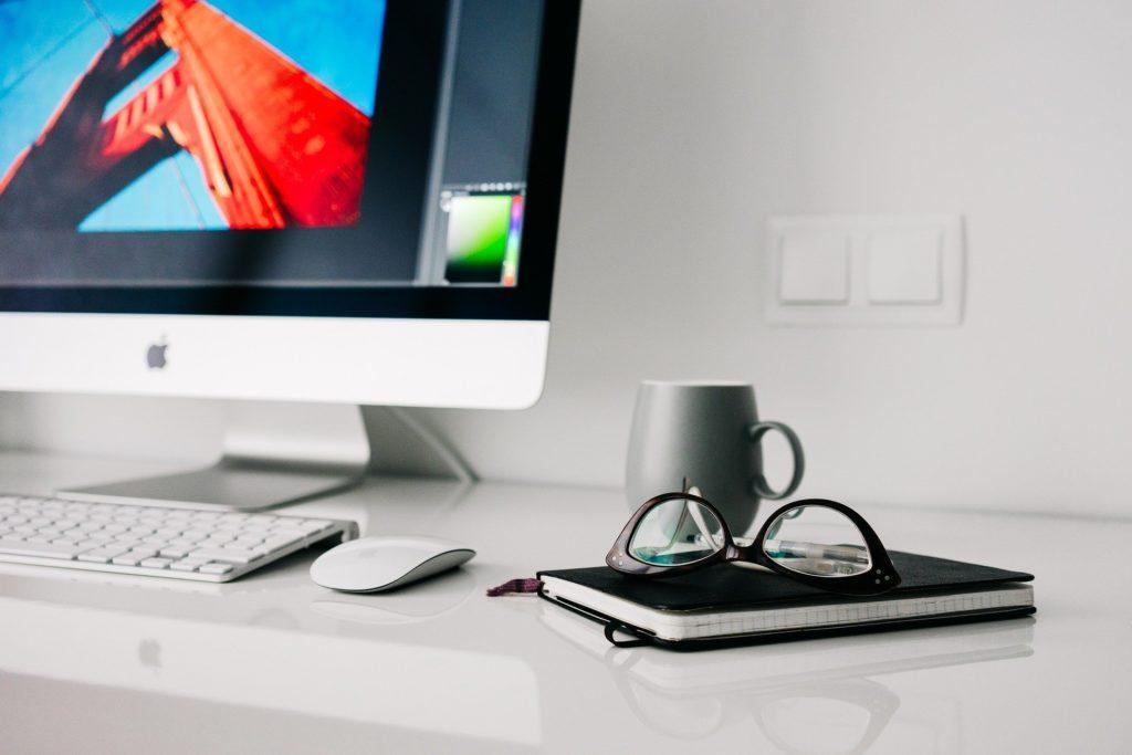 macでアプリ開発する上で必要な費用や期間
